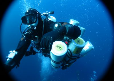 Luke support Diver